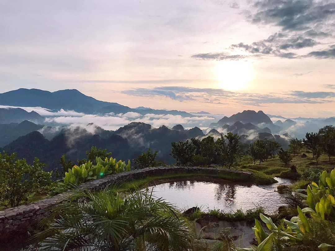 Cảnh bình minh ở Mai Châu