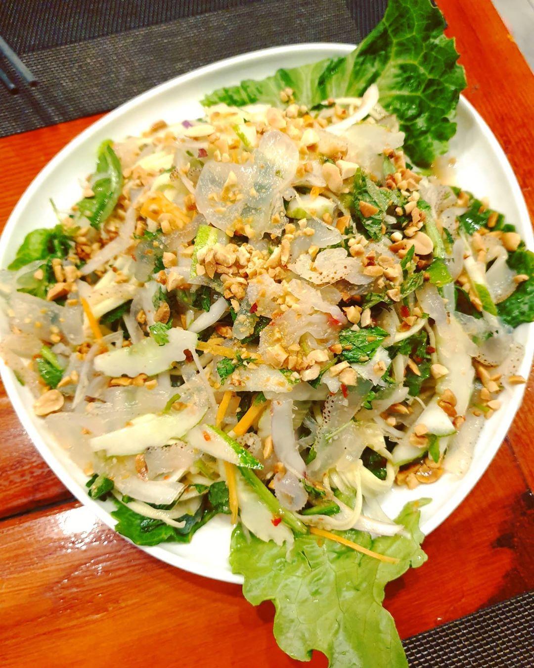 Nộm sứa Hải Hòa Thanh Hóa